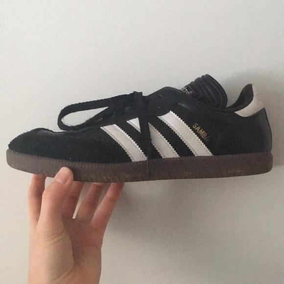 le adidas samba classico scarpa poshmark